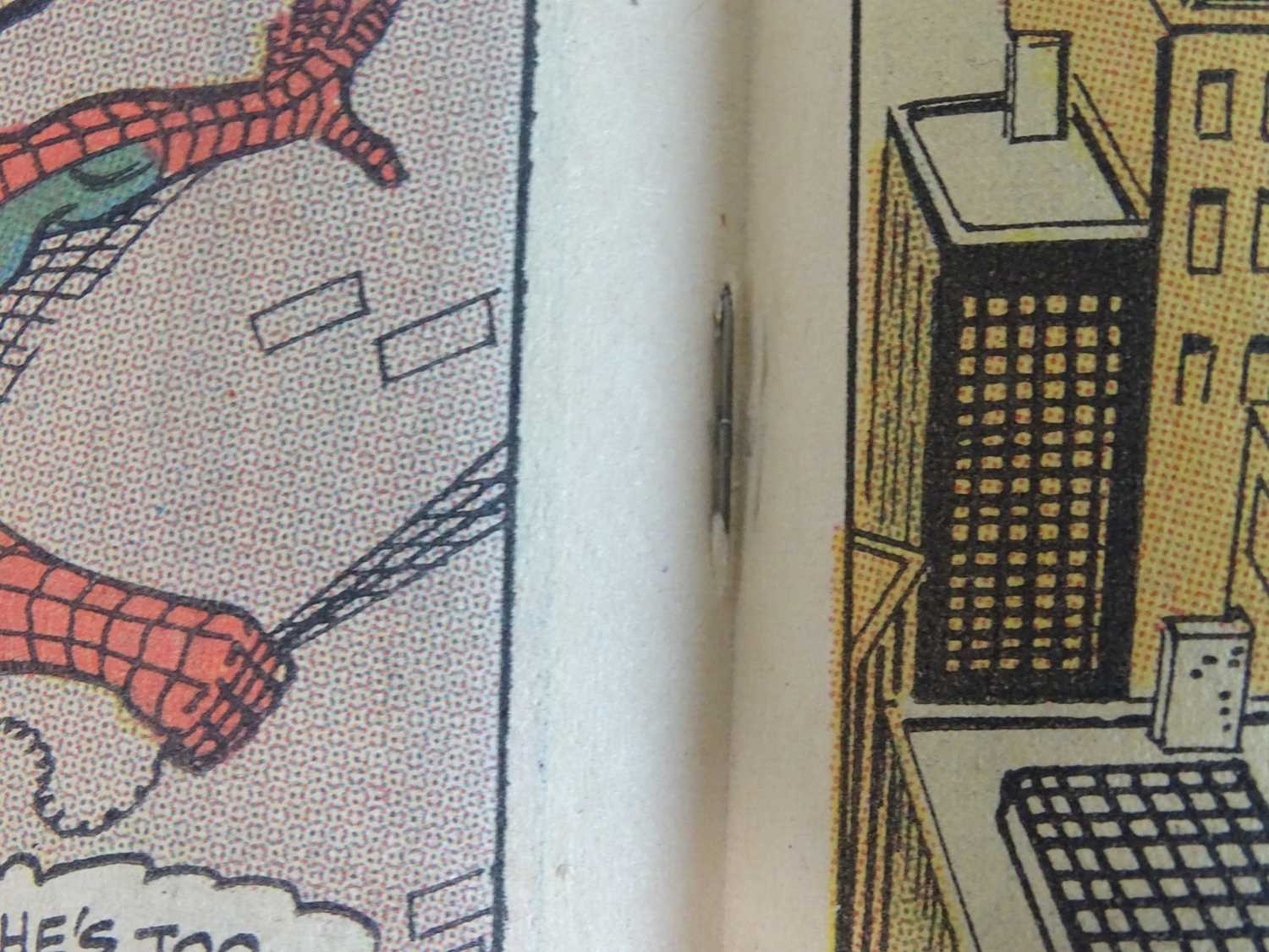 AMAZING SPIDER-MAN #71 - (1969 - MARVEL) - Quicksilver, Scarlet Witch, Toad appearances - John - Image 6 of 9