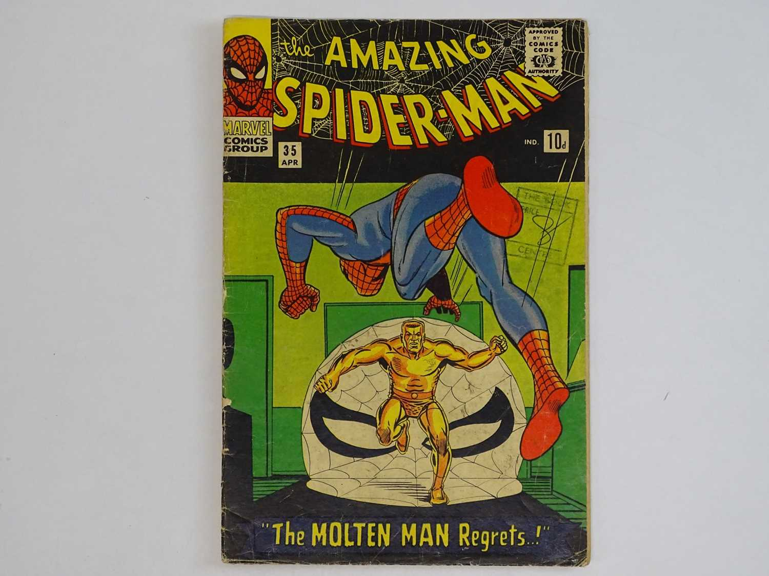 AMAZING SPIDER-MAN #35 - (1966 - MARVEL - UK Price Variant) - Second appearance of the Molten Man.