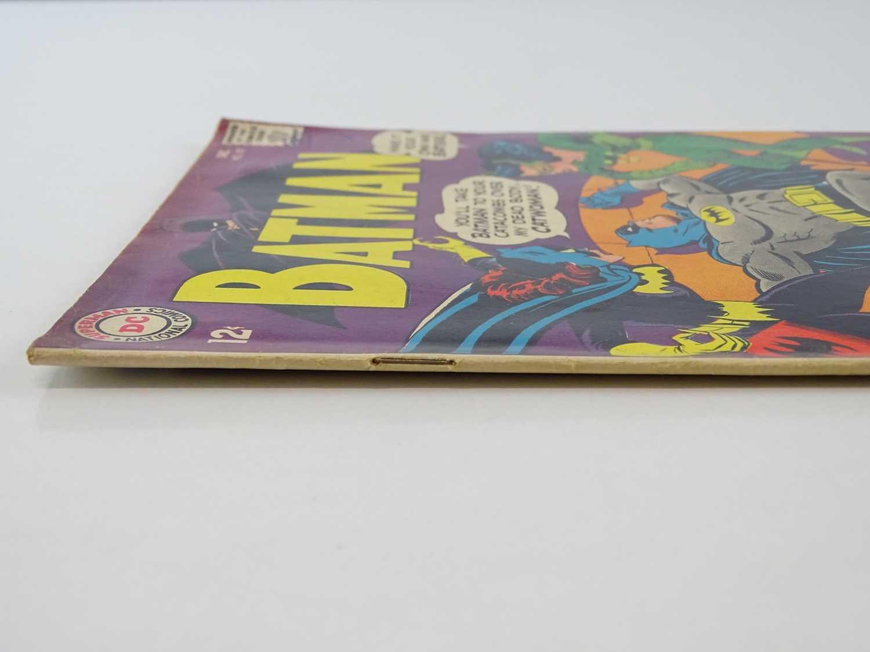 BATMAN #197 - (1967 - DC - Uk Cover Price) - Classic Batman, Batgirl, Catwoman Cover - Fourth Silver - Image 8 of 9
