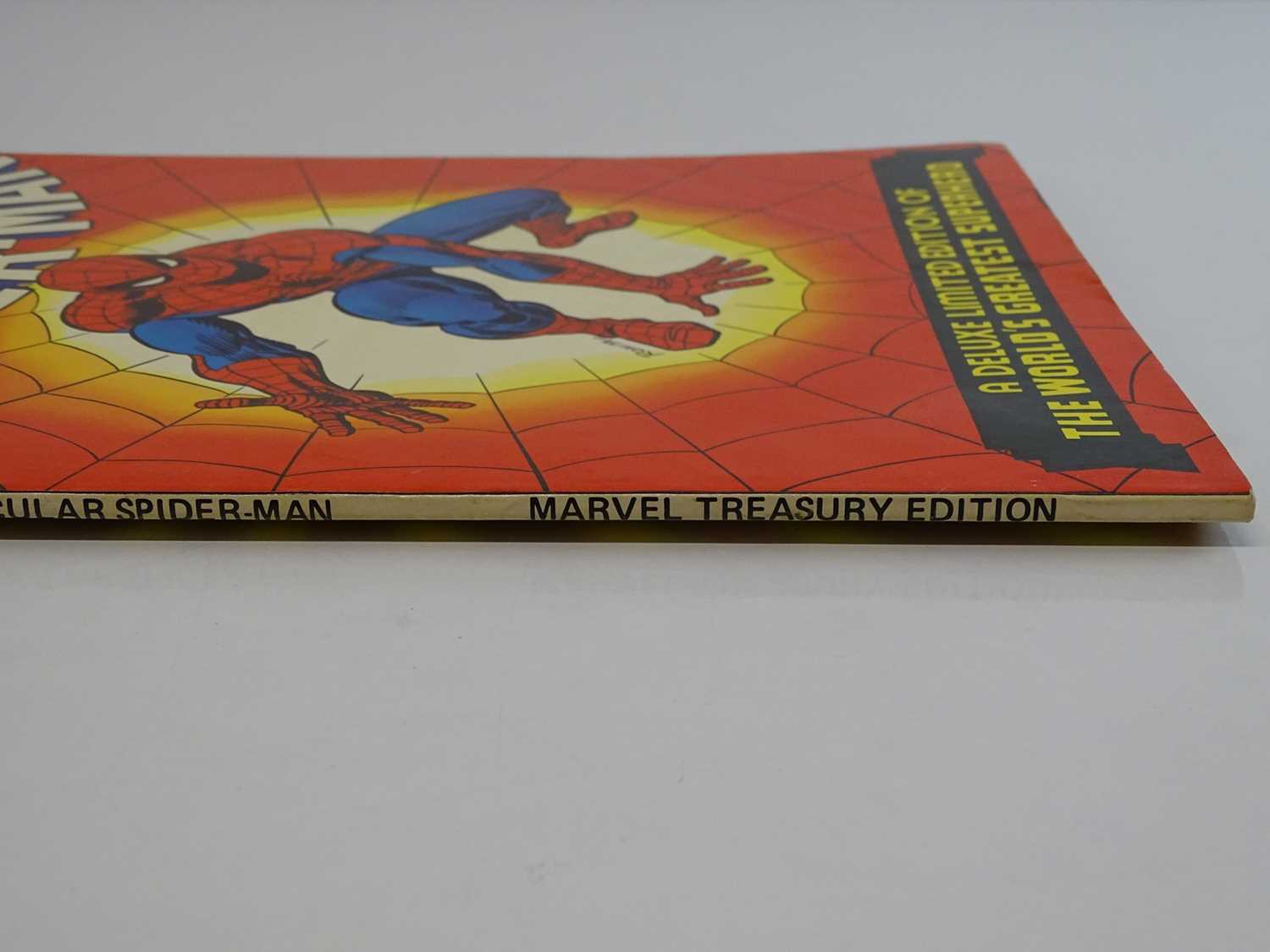 Marvel Treasury Edition #1 Spectacular Spider-Man (Marvel - 1974) Includes Gil Kane and Steve - Image 8 of 8