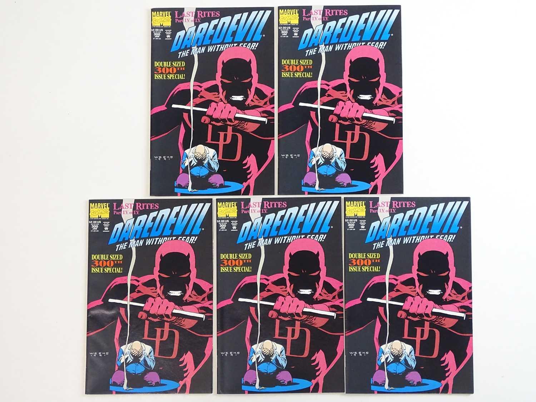 DAREDEVIL #300 - (5 in Lot) - (1992 - MARVEL) - Kingpin appearance - Lee Weeks cover & interior