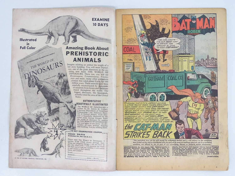 DETECTIVE COMICS: BATMAN #318 - (1963 - DC - UK Cover Price) - Second appearance of Cat-Man + - Image 3 of 10