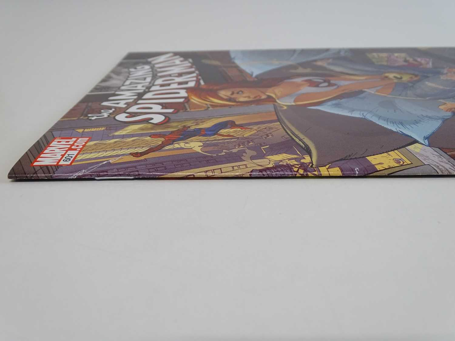 AMAZING SPIDER-MAN #601 - (2009 - MARVEL) - First Printing - Jessica Jones appearance + New Avengers - Image 8 of 9