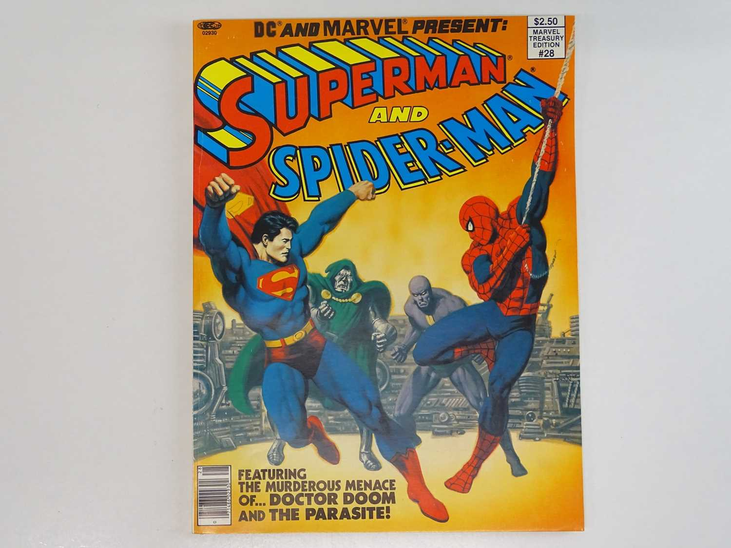 SUPERMAN AND SPIDER-MAN: COLLECTORS EDITION (1981 - MARVEL/DC) Special edition over-sized issue