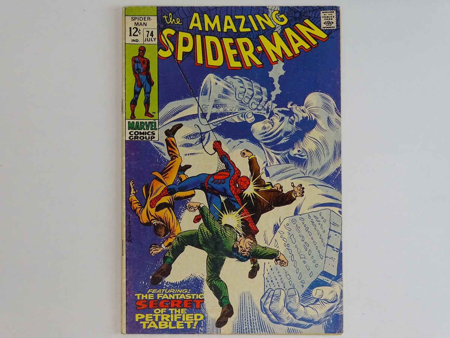 AMAZING SPIDER-MAN #74 - (1969 - MARVEL) - Spider-Man and Dr. Curt Connors (Lizard) battle