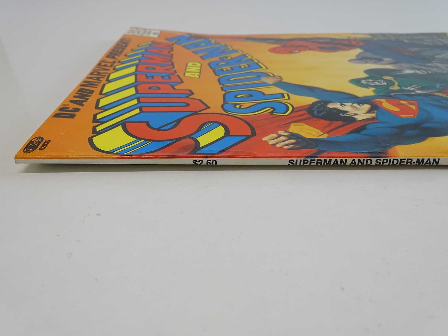 SUPERMAN AND SPIDER-MAN: COLLECTORS EDITION (1981 - MARVEL/DC) Special edition over-sized issue - Image 8 of 9
