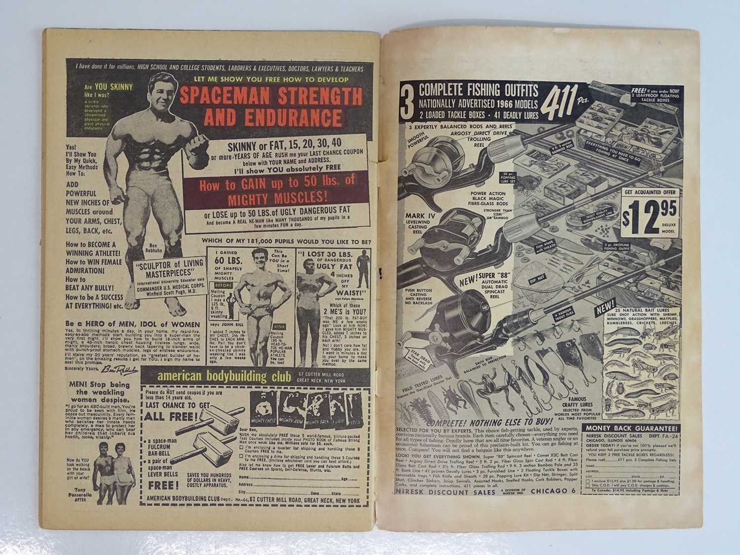 FANTASTIC FOUR #52 (1966 - MARVEL - UK Price Variant) - First appearance of Black Panther (one of - Image 5 of 10