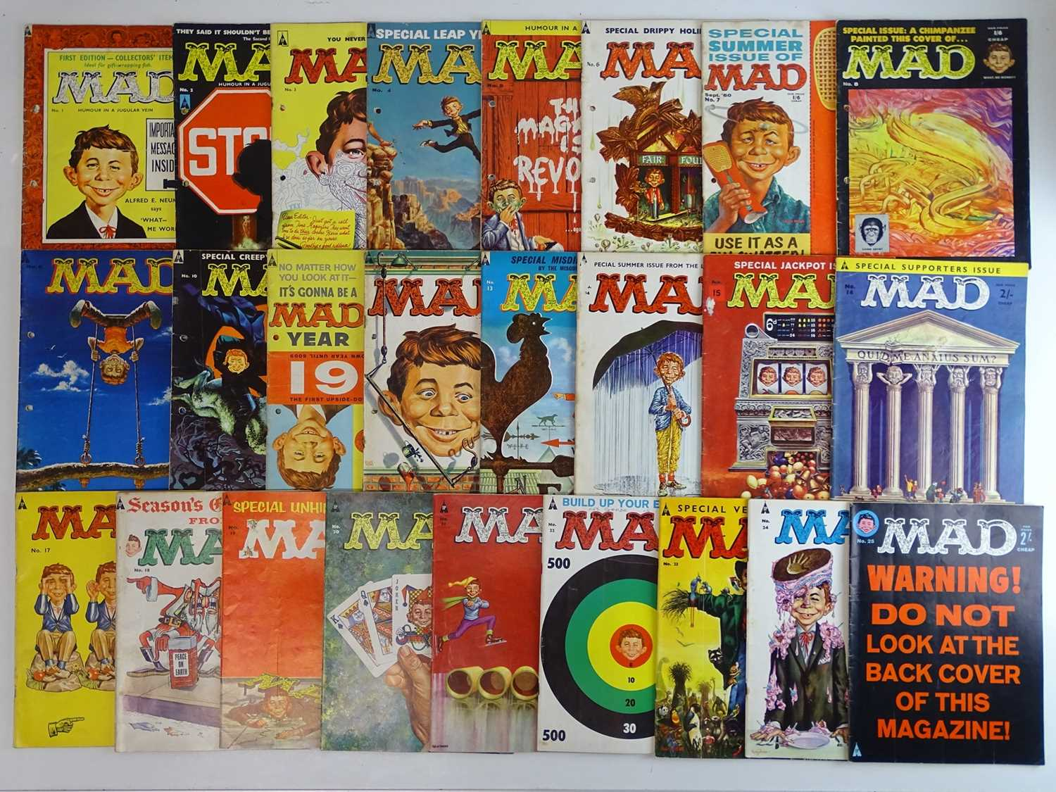 LARGE QUANTITY OF MAD MAGAZINES (25 in Lot) - (1959/62 - STRATO PUBLICATIONS - BRITISH EDITIONS) -