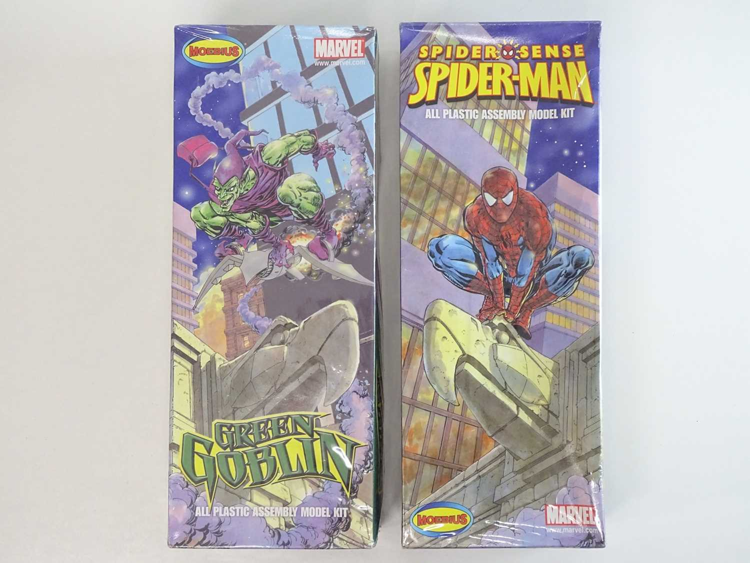 SPIDER-MAN & GREEN GOBLIN MOEBIUS MODEL KITS (2 in Lot) - (2009) Both model kits are unmade and