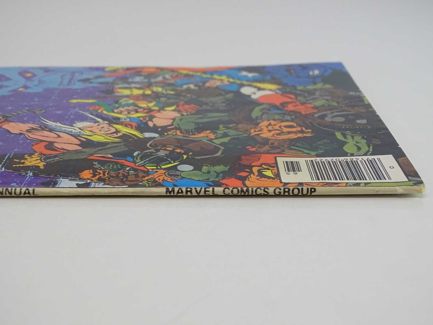 """AVENGERS KING-SIZE ANNUAL #7 - (1977 - MARVEL) - Includes """"Death"""" of Adam Warlock + Thanos, - Image 11 of 11"""
