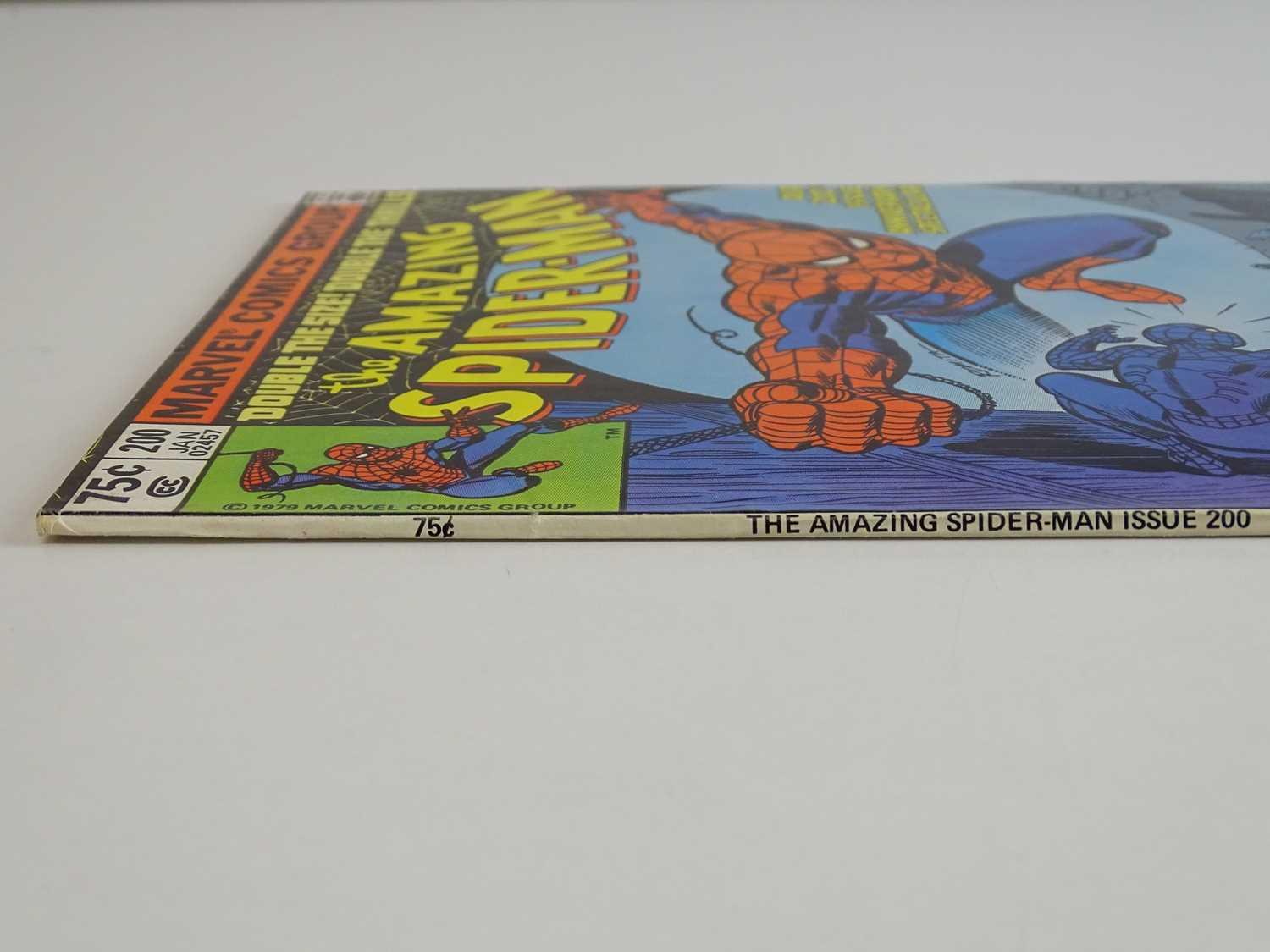AMAZING SPIDER-MAN #200 - (1980 - MARVEL) - Spider-Man's origin is retold and he confronts the - Image 8 of 9