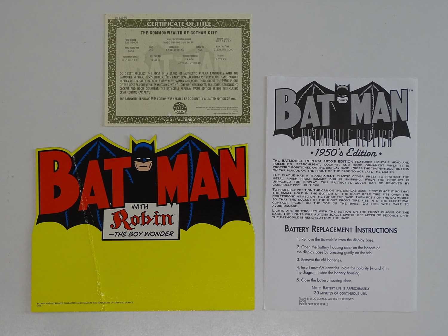 BATMAN: BATMOBILE REPLICA - 1950's EDITION - Limited Edition of 1,500 + Hand painted cold-cast - Image 3 of 5