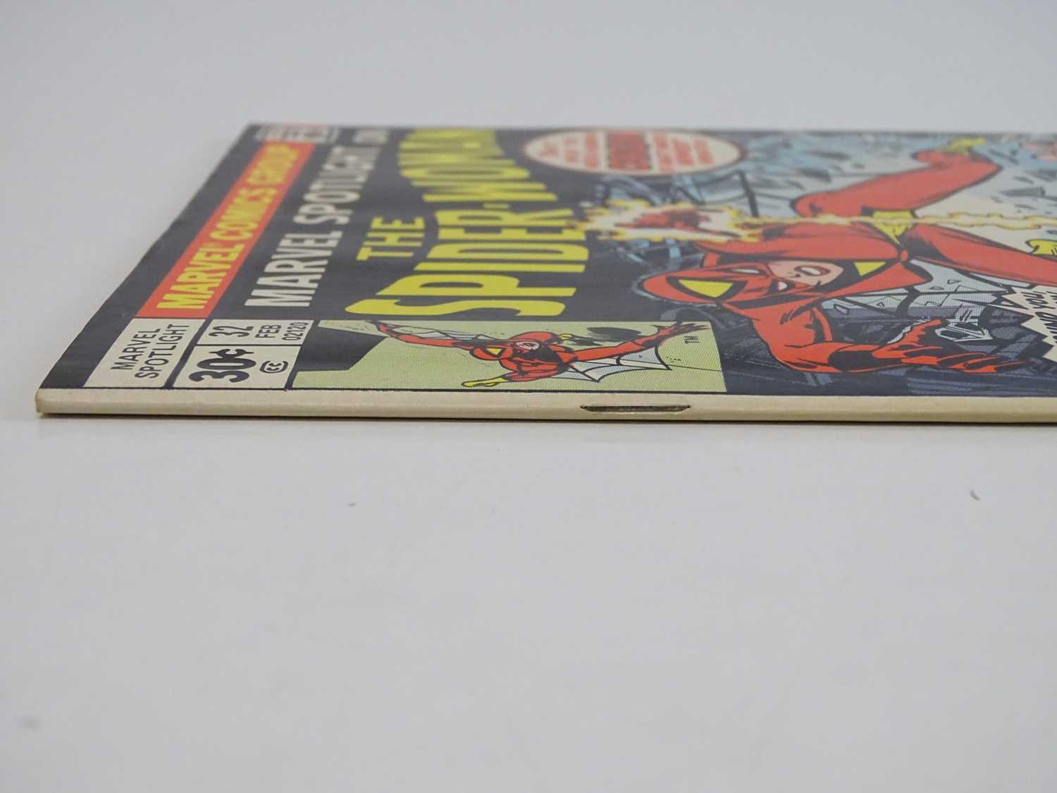 MARVEL SPOTLIGHT: SPIDER-WOMAN #32 - (1977 - MARVEL) - Origin and First appearance of Spider-Woman + - Image 8 of 9