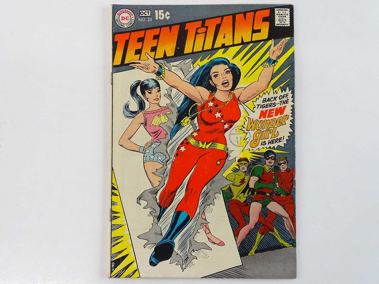 TEEN TITANS #23 - (1969 - DC - UK Cover Price) - Classic DC Cover - New costume for Wonder Girl