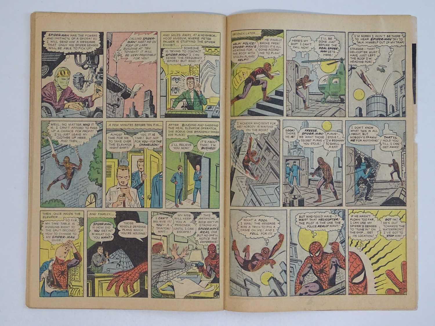 AMAZING SPIDER-MAN #1 - (1963 - MARVEL - UK Price Variant) - First appearance of Spider-Man un his - Image 24 of 27