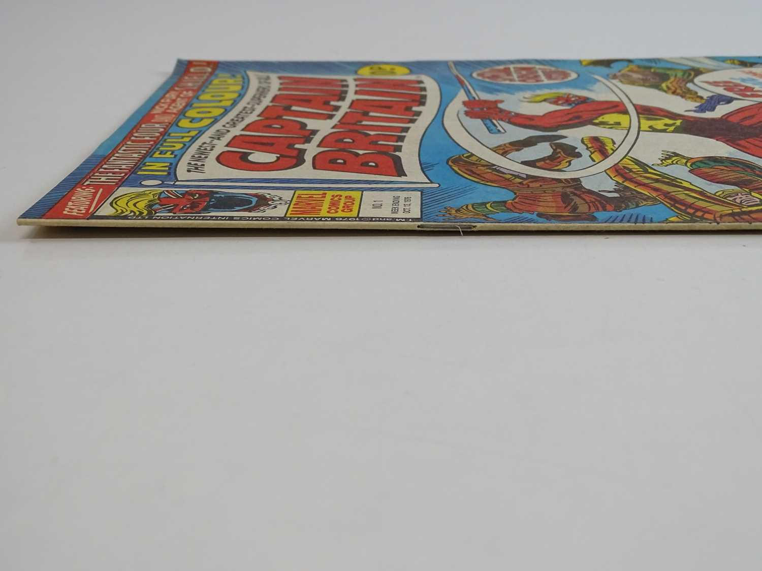 CAPTAIN BRITAIN #1 - (1976 - BRITISH MARVEL) - Origin and First appearance of Captain Britain - Image 10 of 12
