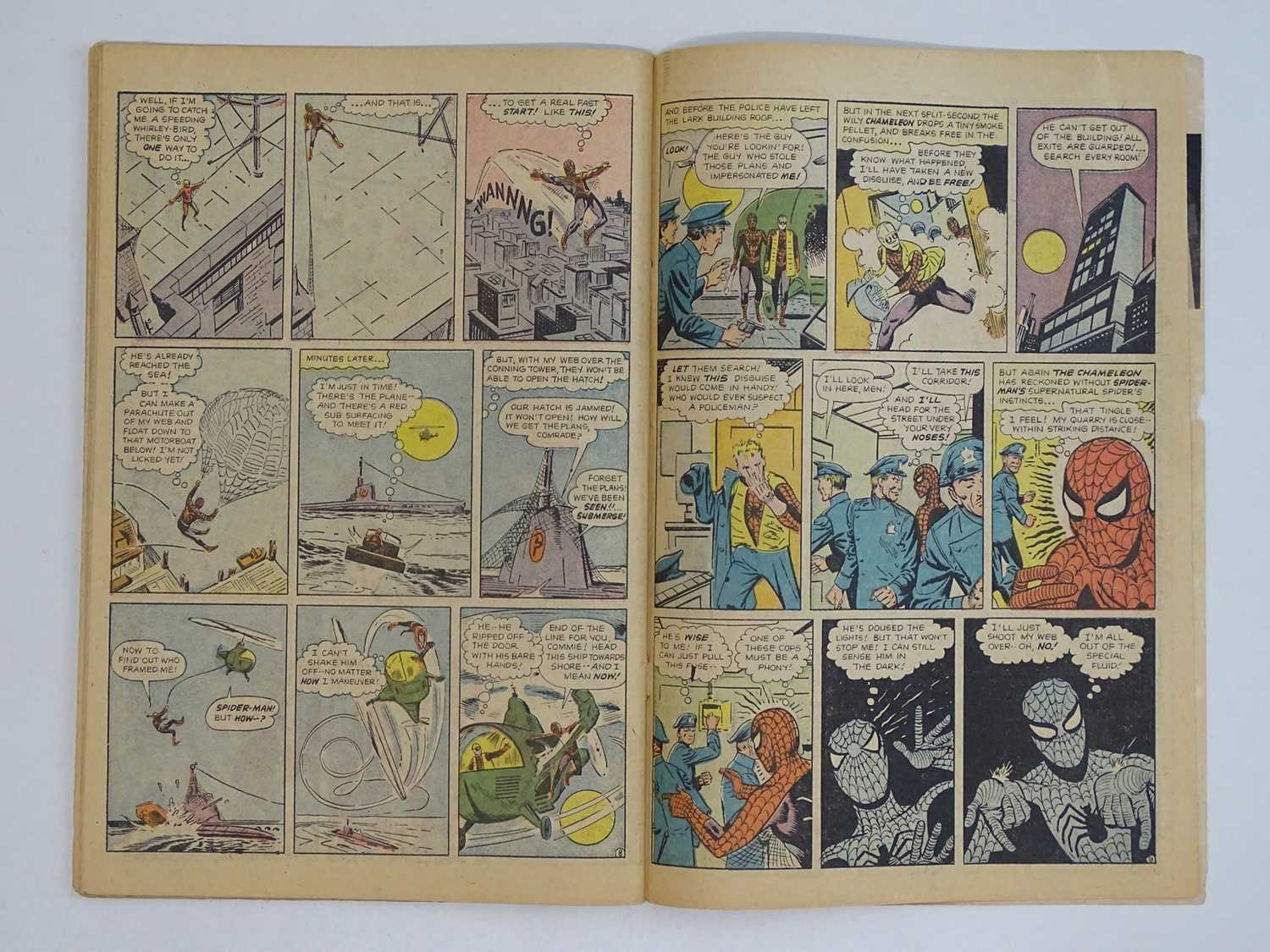 AMAZING SPIDER-MAN #1 - (1963 - MARVEL - UK Price Variant) - First appearance of Spider-Man un his - Image 25 of 27