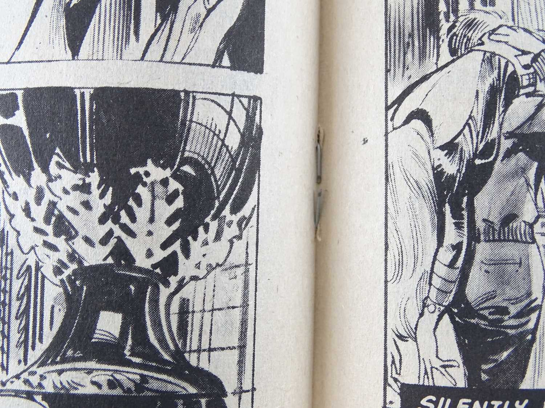 MARVEL SUPER ACTION: PUNISHER #1 - (1976 - MARVEL - UK Cover Price) - Early Punisher appearance + - Image 7 of 9