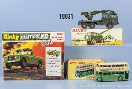 Konv. Dinky Toys, dabei 290 Double Deck Bus, 826 Militär Abschleppwagen und 1032 Army ...