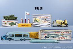 "Konv. Dinky Toys, dabei 651 Centurion Tank, 781 Benzinpump Station ""Esso"", 794 Loading ..."