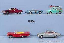 Konv. 5 Corgi Toys Modellfahrzeuge, u.a. Austin Mini Countryman, Lotus Elan S2, Ford ...