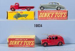 Konv. 3 Dinky Toys Fahrzeuge, dabei 150 Rolls-Royce Silver Wraith, 250 Streamlined Fire ...