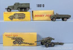 Konv. 3 Dinky Toys Modelle, dabei 80 E, 821 (1 Achse beschädigt) und 822, M 1:43, ...