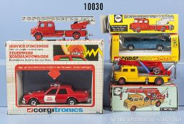 Konv. 4 Modellfahrzeuge, dabei Corgitronics 1008 fire chief, Corgi Whizzwheels 280 Rolls ...