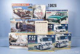 Konv. 7 Modellbausätze für Zugmaschinen, Pkw, Lok mit Tender und Plattformwagen, M 1:24 ...