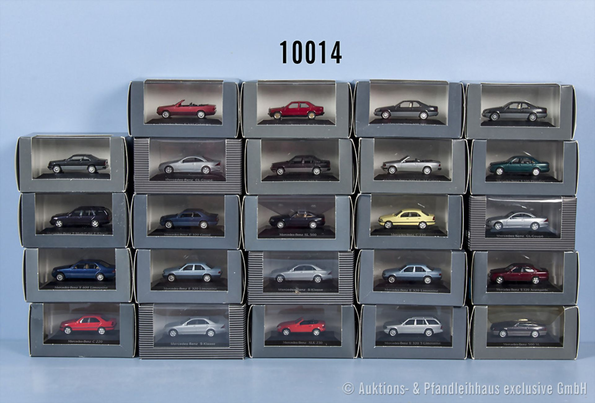 Konv. 24 Herpa H0 Mercedes Benz Modellfahrzeuge, neuwertiger Zustand in ...