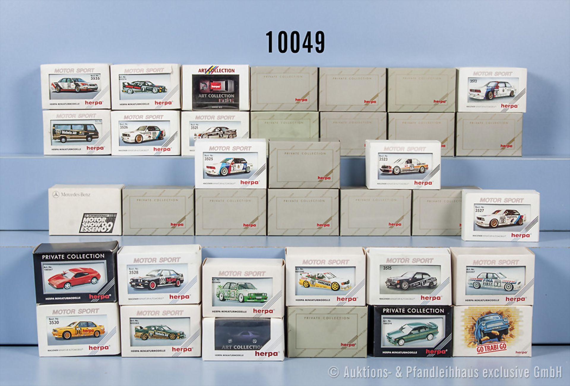 Konv. 36 Herpa H0 Modellfahrzeuge, teilweise versch. Serien, u. a. Motorsport, Private ...