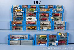 Konv. 35 Roco H0 Modellfahrzeuge und Ersatzteile, dabei  Lkw, Zugmaschinen, Transporter, ...