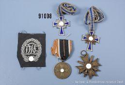 Konv. Mutterkreuz in Bronze und Silber, KVK 2. Klasse mit Schwertern, KVK-Medaille sowie ...