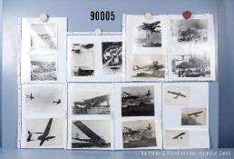"""umfangreiches Fotokonvolut, 2 Hängeordner """"Deutsche Luftwaffe 2. WK -Wasserflugzeuge"""", ..."""
