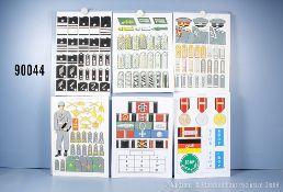 Konv. 13 originale überwiegend farbige Zeichnungen zum Thema Uniformierung und Effekten ...