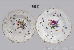 Konv. Porzellan flacher Teller, D 24 cm und Suppenteller, D 23 cm, Meissen, aus dem ...