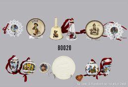Konv. verschiedenes Porzellan, dabei 10 x Hutschenreuther u. a. 2 Weihnachts-Zapfen von ...