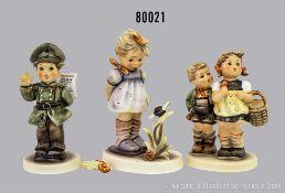 """Konv. 3 Goebel Porzellan Hummel Figuren, 450/0 """"Sticht die?"""", Clubedition 2000/2001, ..."""