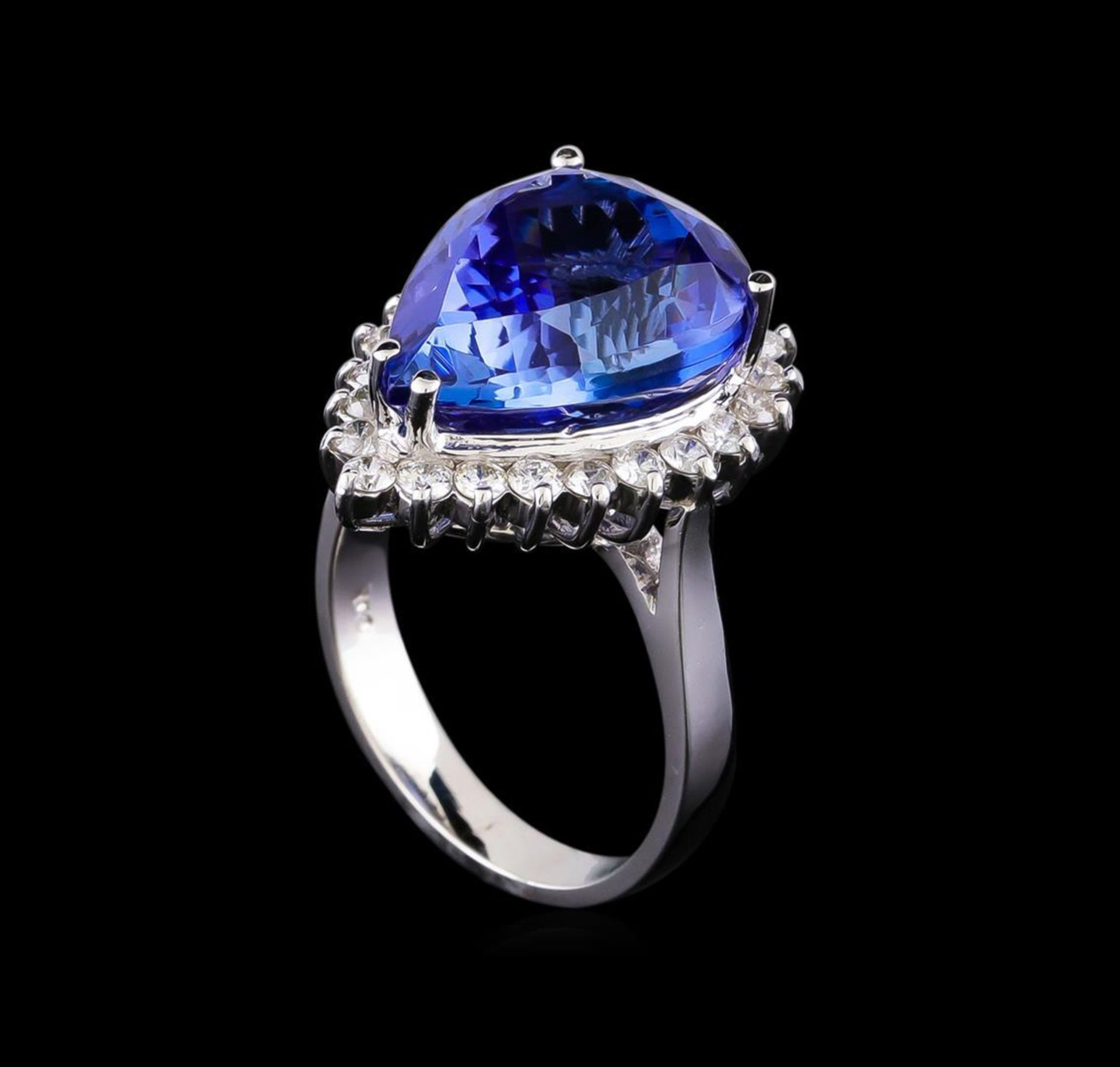 11.38 ctw Tanzanite and Diamond Ring - 14KT White Gold - Image 4 of 5