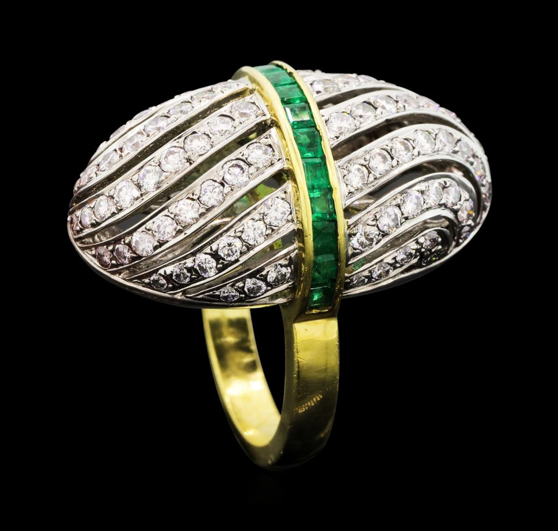 1.81 ctw Diamond and Emerald Ring - 18KT Yellow and White Gold - Image 4 of 5