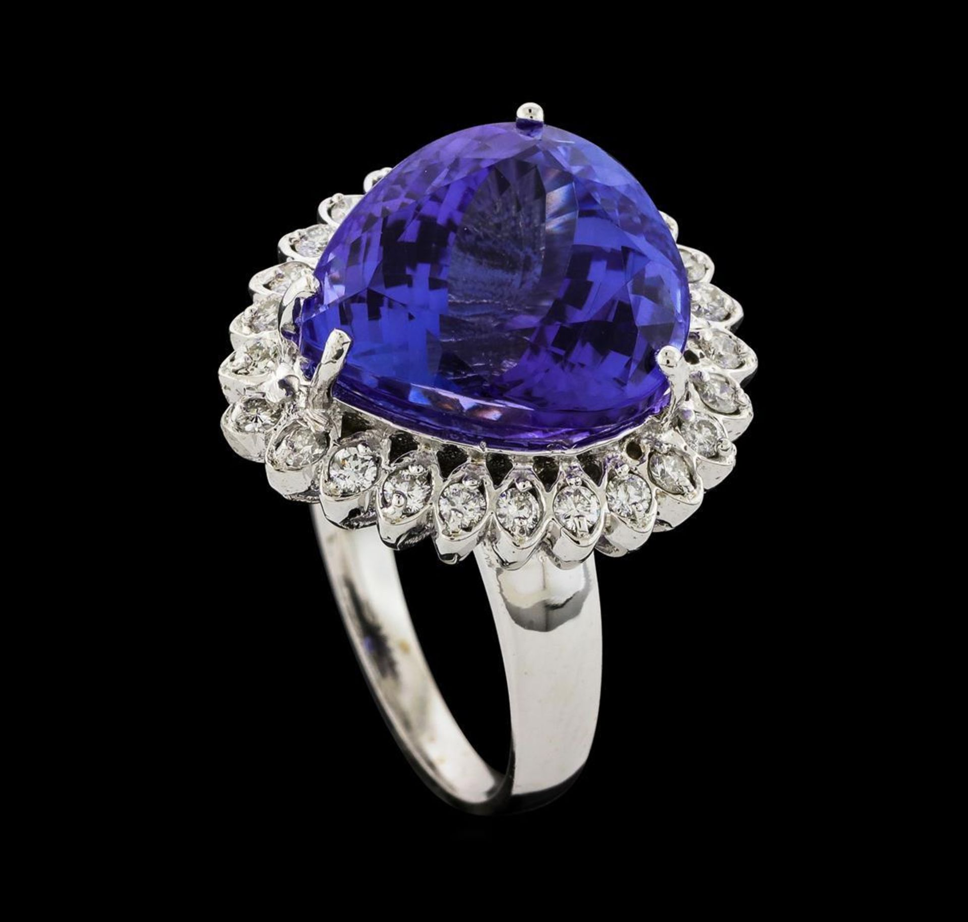 GIA Cert 13.48 ctw Tanzanite and Diamond Ring - 14KT White Gold - Image 4 of 6