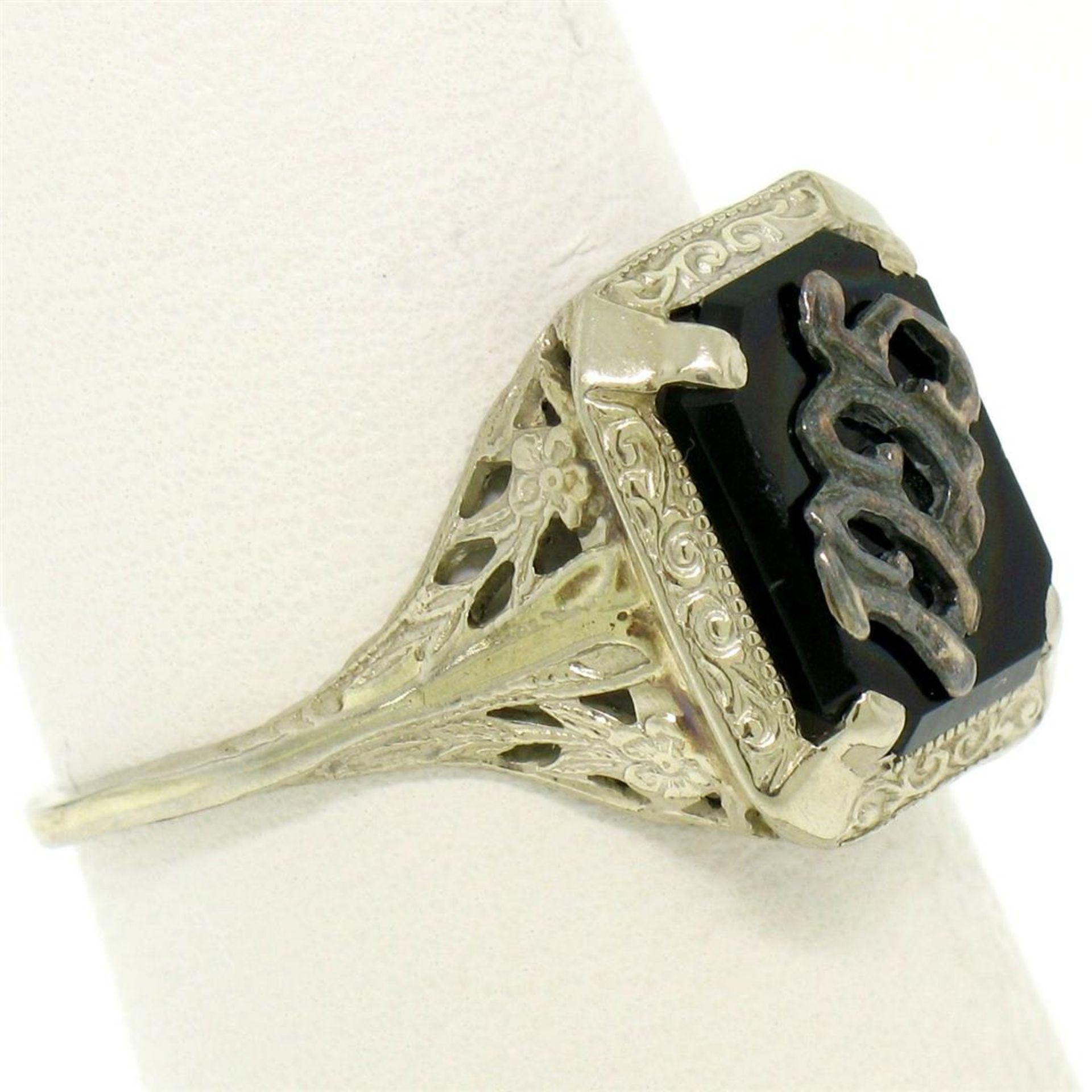 1925 14k White Gold Prong Set Black Onyx Filigree Dinner Ring - Image 3 of 8