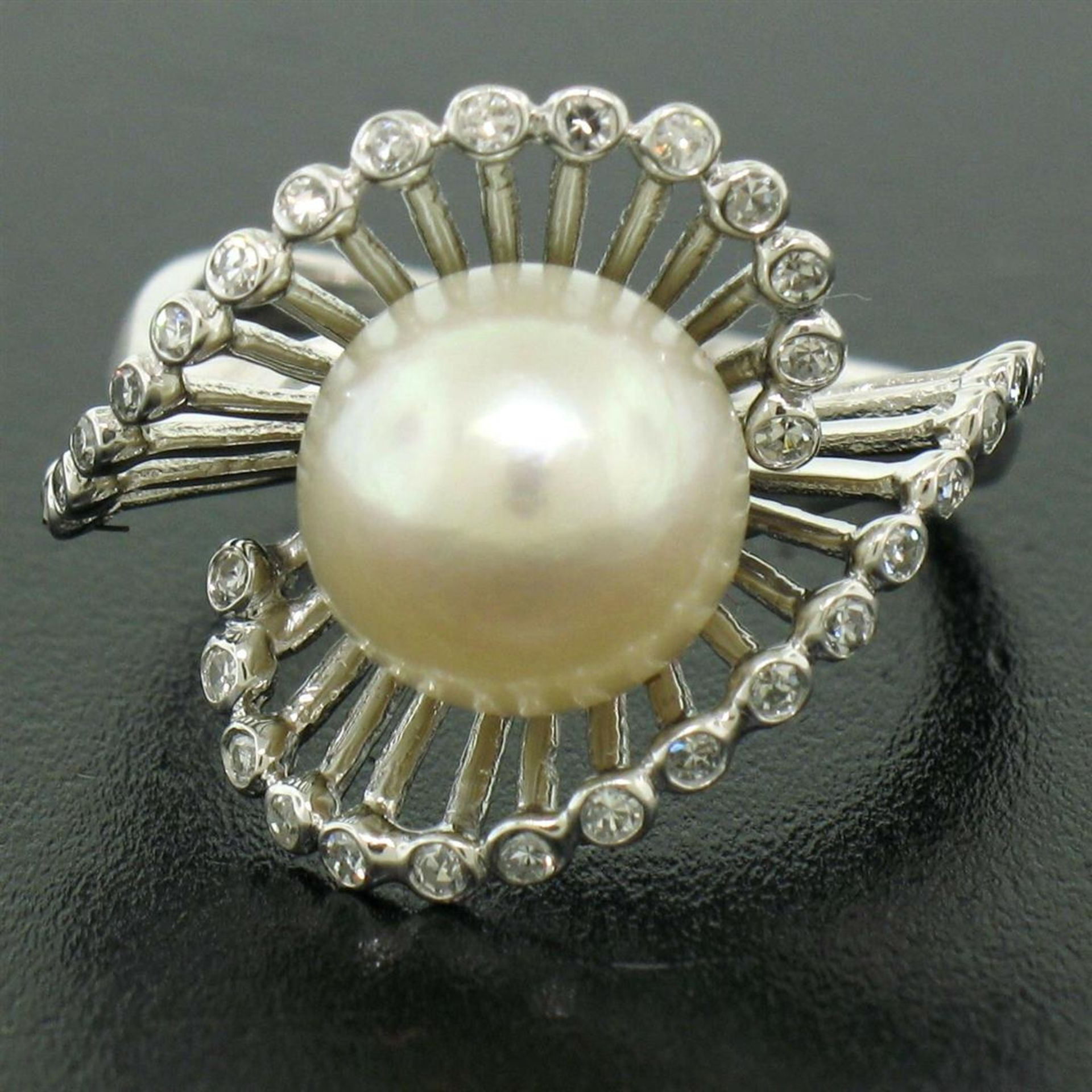 Vintage 14K White Gold 8.5mm Pearl Bezel Diamond 2 Wave Bypass Cocktail Ring - Image 3 of 8