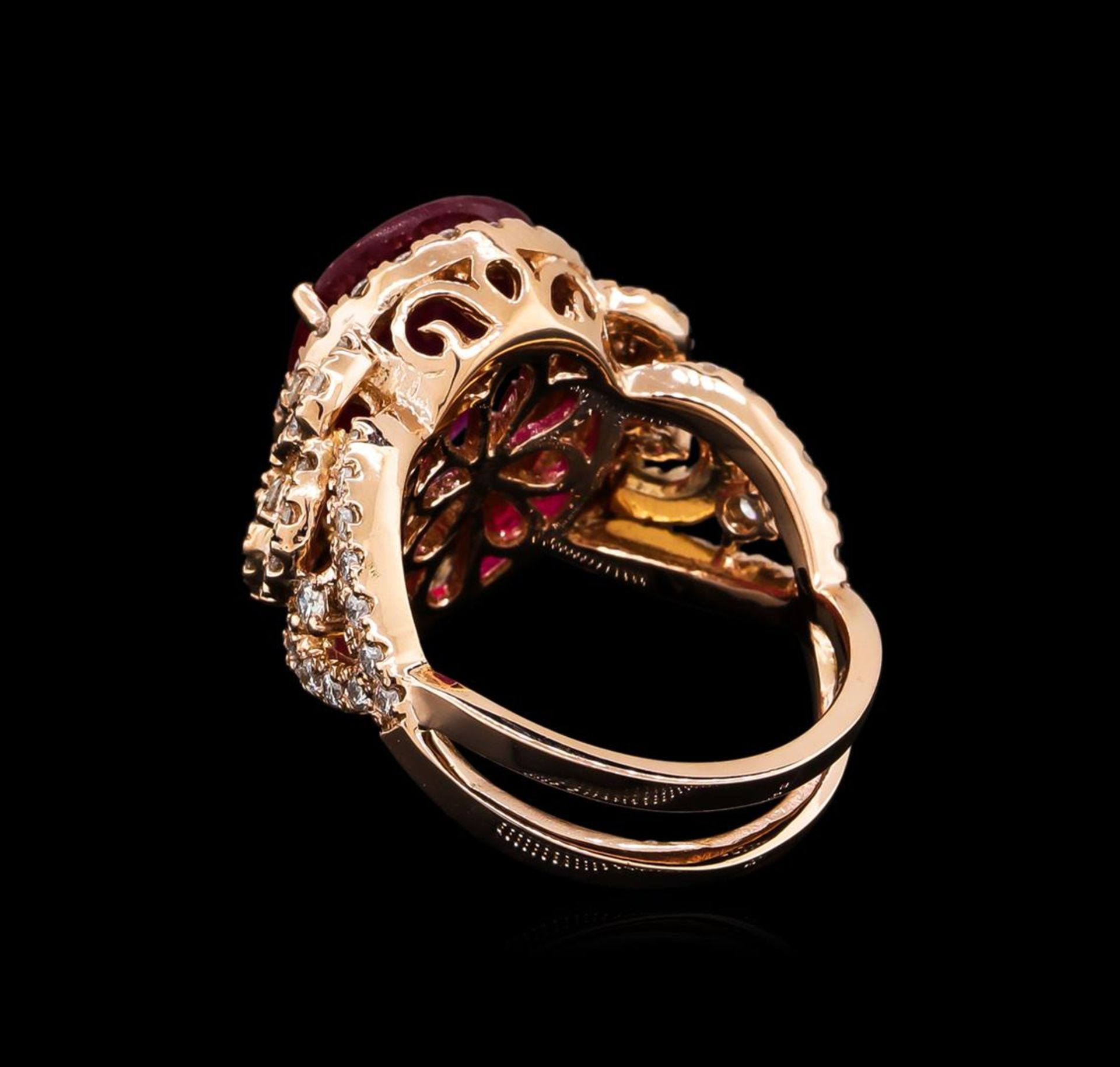 5.35ct Ruby and Diamond Ring - 14KT Rose Gold - Image 3 of 6