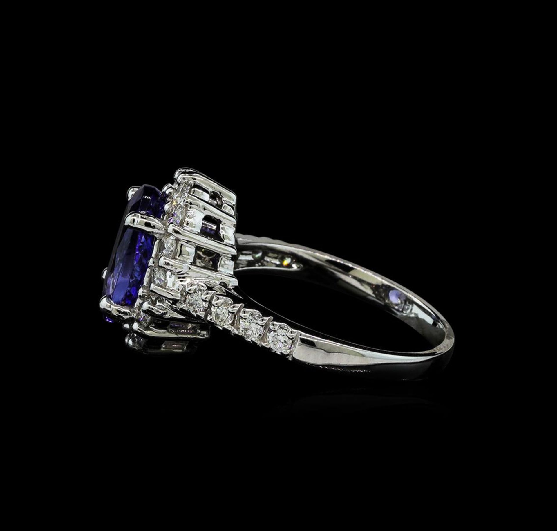 3.06 ctw Tanzanite and Diamond Ring - 14KT White Gold - Image 3 of 5