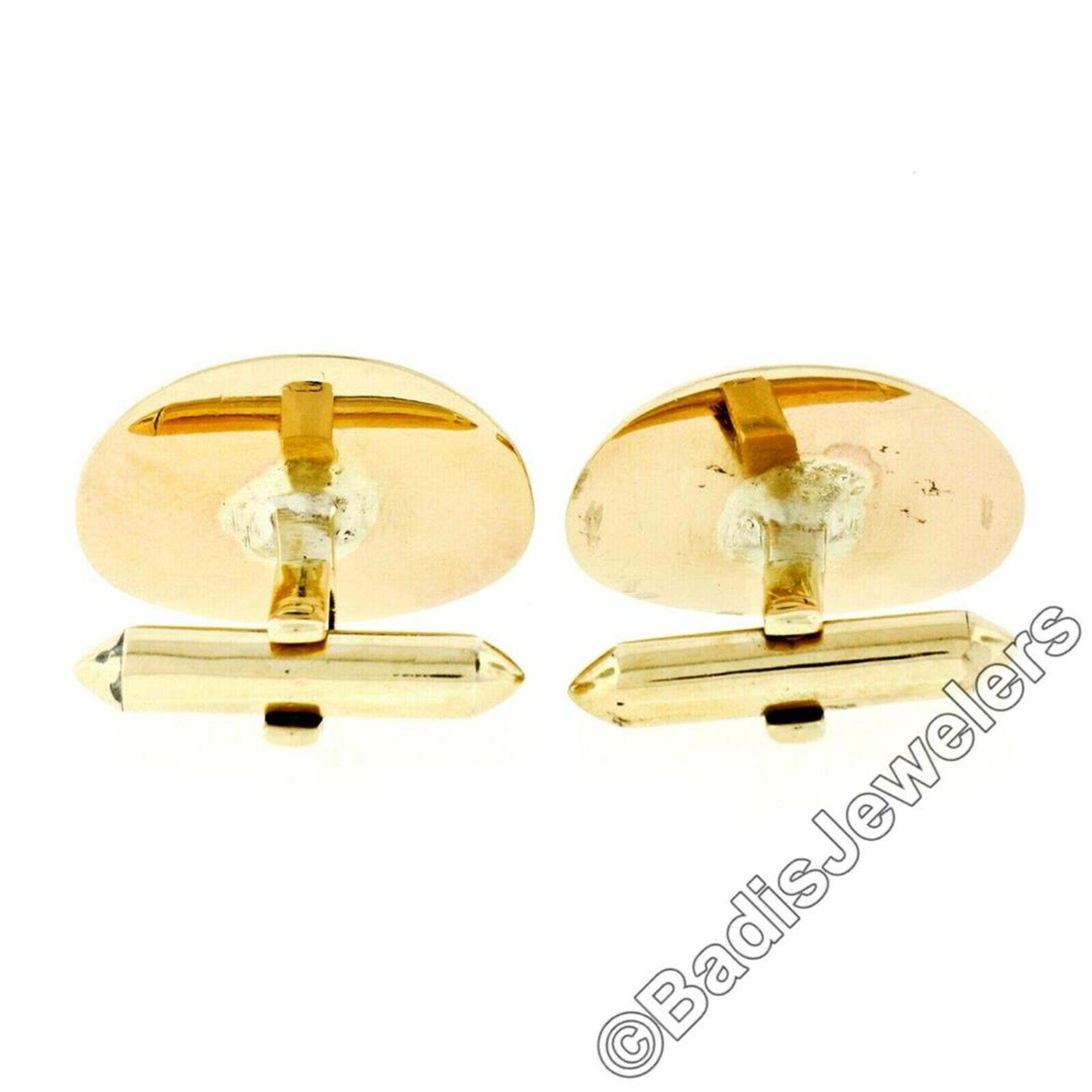 Vintage Men's 18kt Gold Oval Brown Star Sapphire Florentine Cuff Links - Image 5 of 5