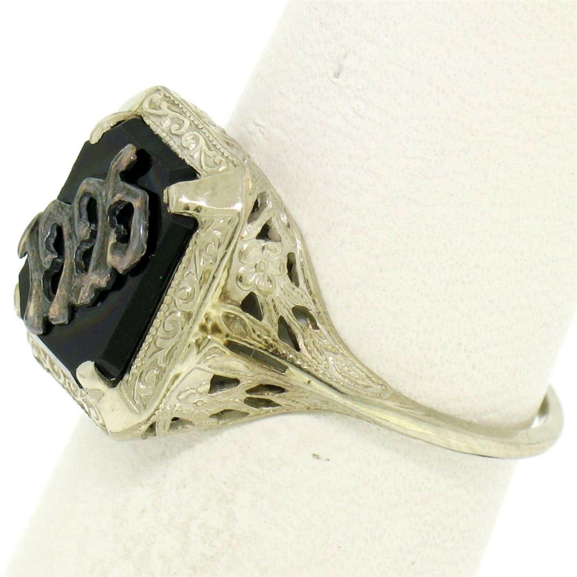 1925 14k White Gold Prong Set Black Onyx Filigree Dinner Ring - Image 2 of 8