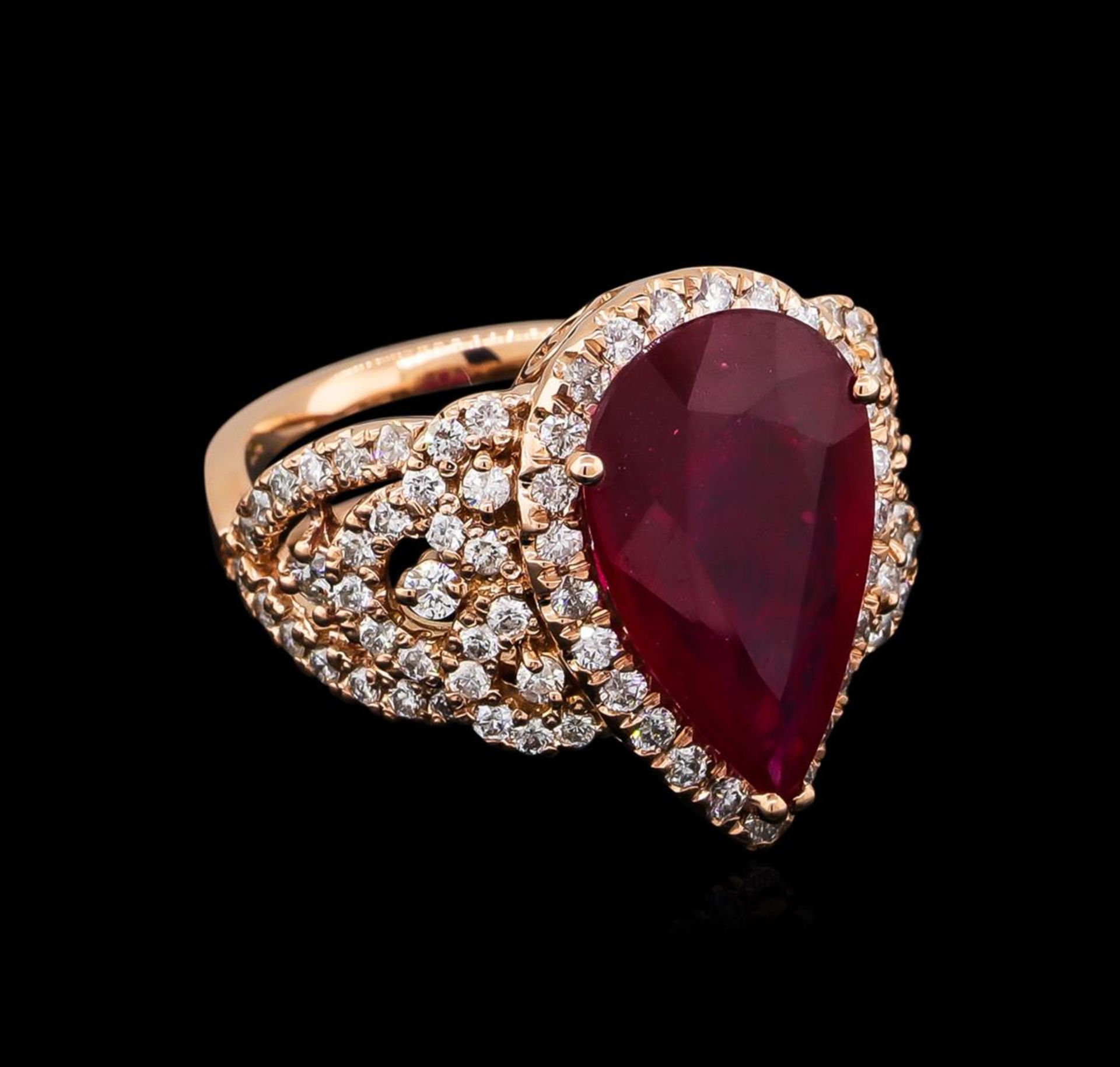 5.35ct Ruby and Diamond Ring - 14KT Rose Gold