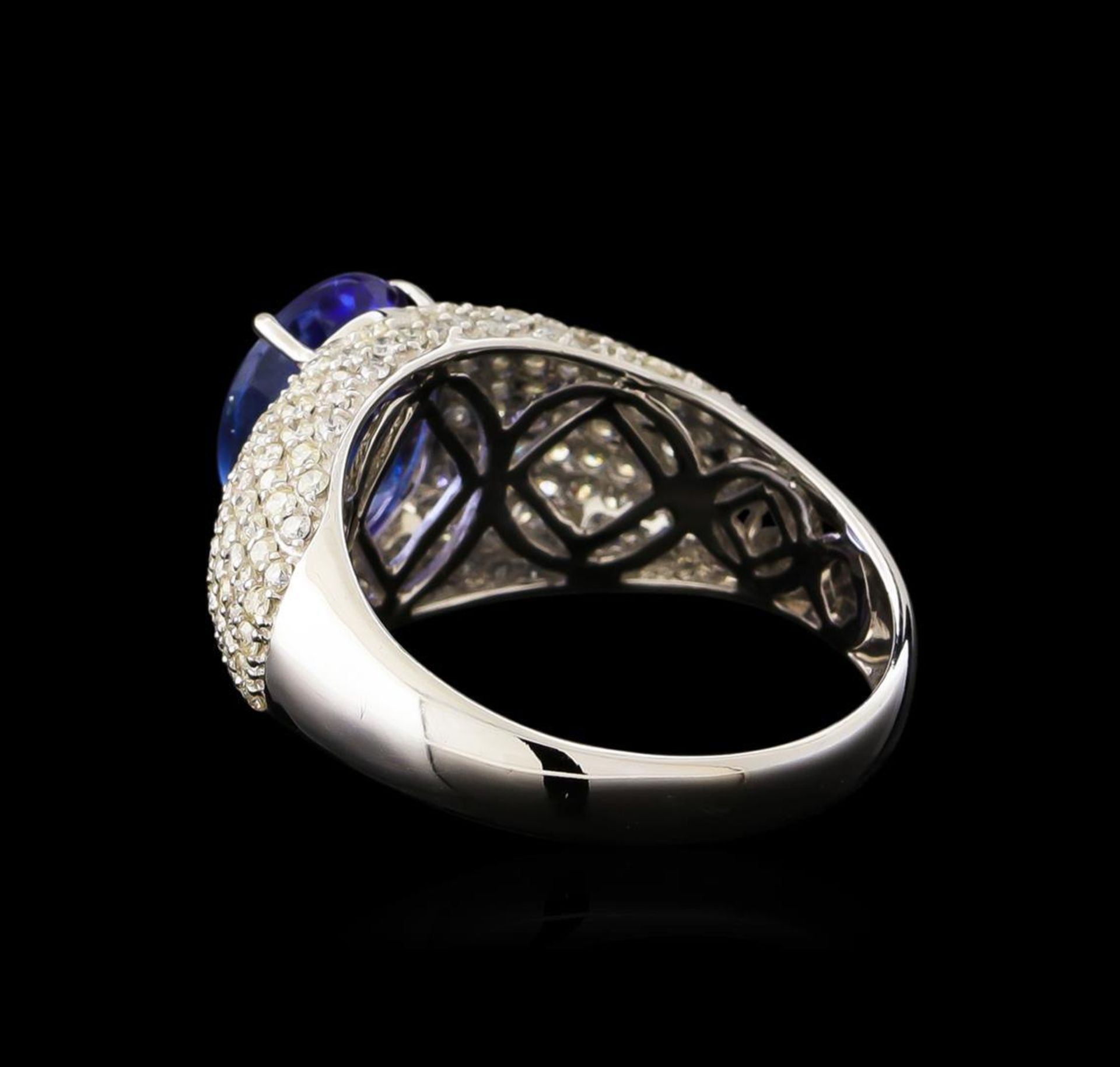 2.77ct Tanzanite and Diamond Ring - 14KT White Gold - Image 3 of 5