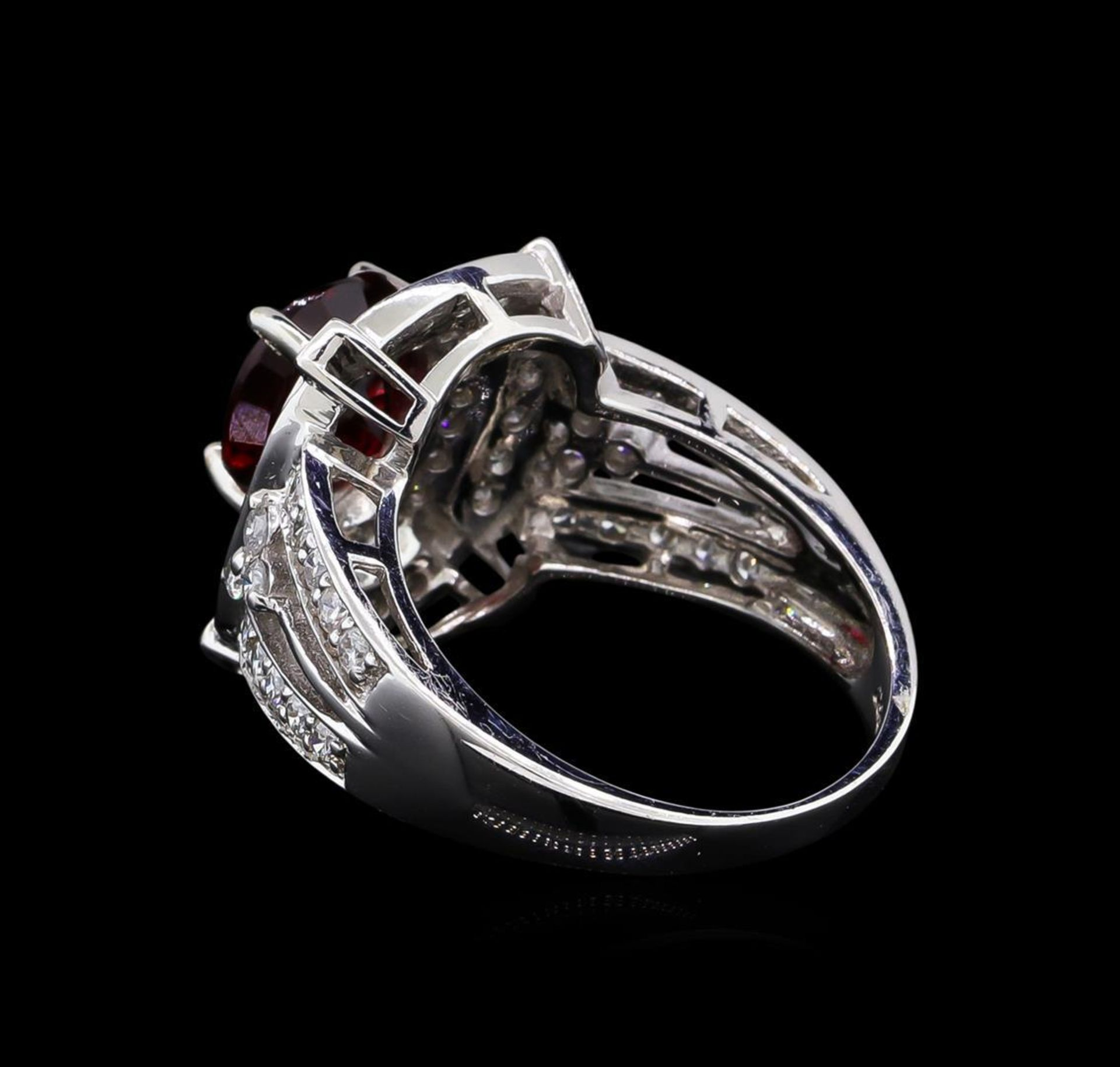 14KT White Gold 2.67 ctw Spinel and Diamond Ring - Image 3 of 5